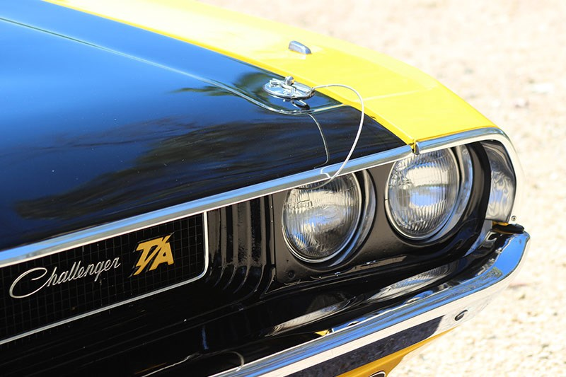dodge challenger bonnet pins