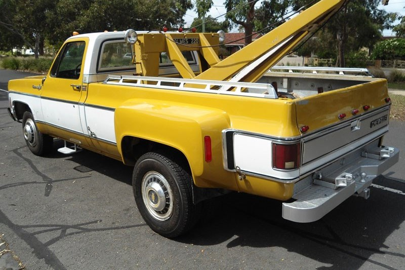 1973 Chevrolet C30 towie today s tempter