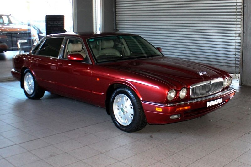 Jaguar XJ6 today s tempter