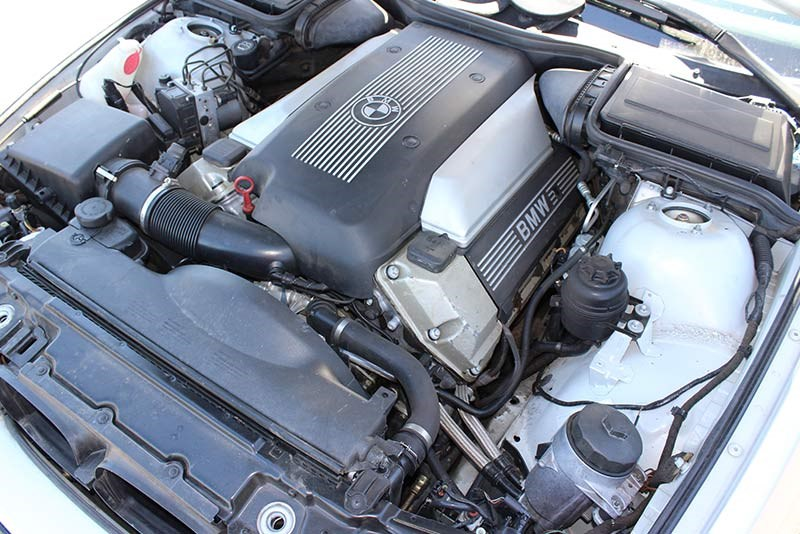 bmw 540 engine bay 2