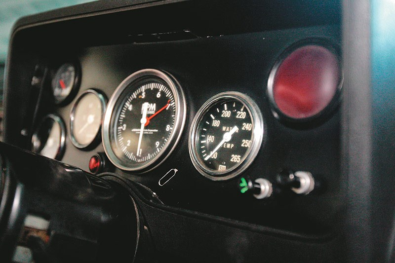 dick johnson falcon dash