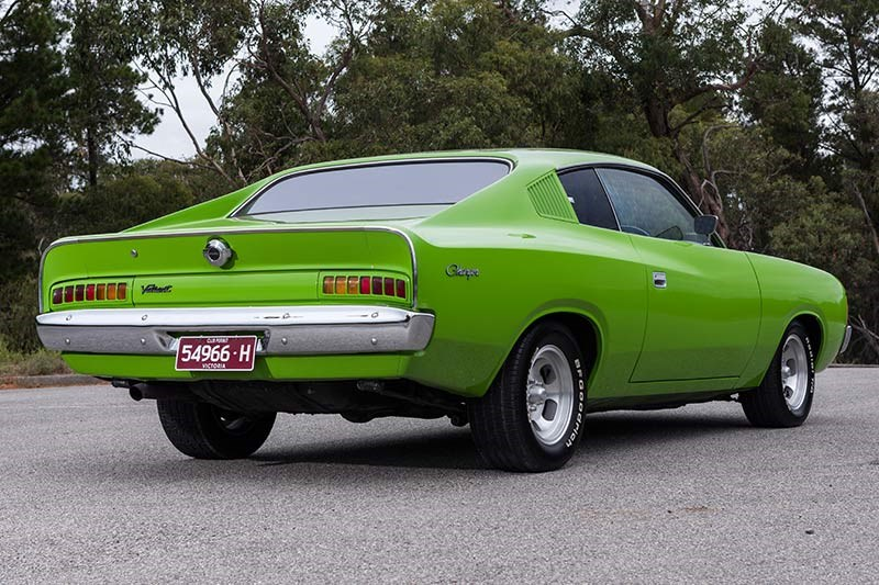 valiant charger rear