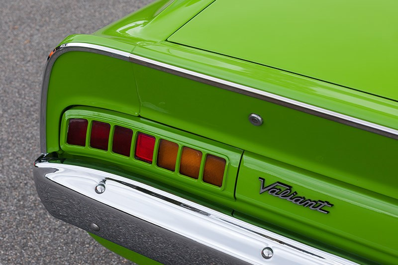 valiant charger taillight 2