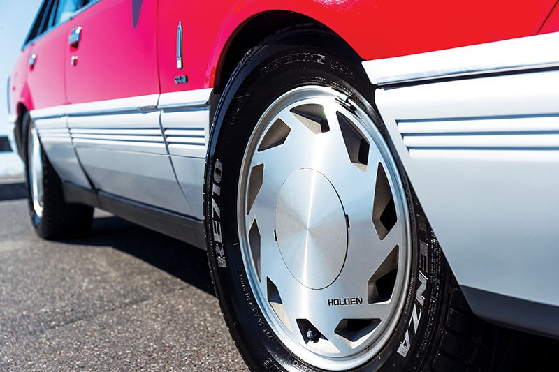 holden vl commodore turbo wheel