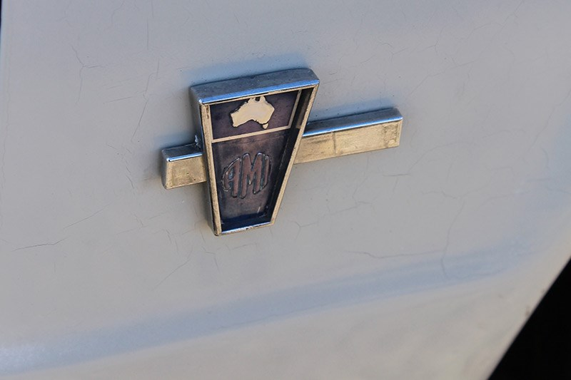 toyota badge 3