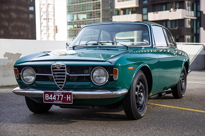 Cars Coffee Alfa romeo coupe