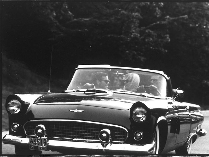 Marilyn Monroe ford thunderbird and arthur vintage
