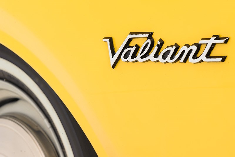 chrysler valiant badge