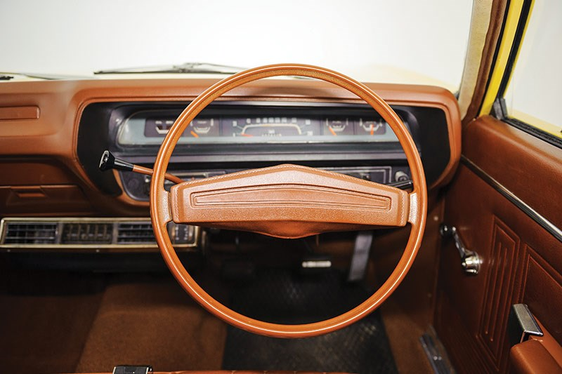 chrysler valiant dash 2