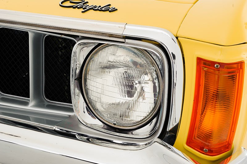 chrysler valiant headlight