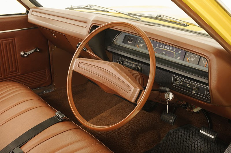 chrysler valiant interior dash
