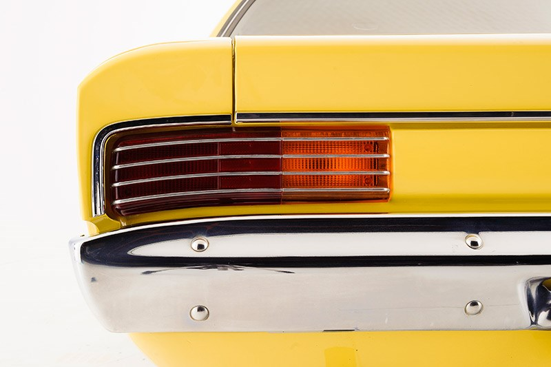 chrysler valiant tail lights