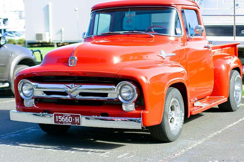 ford pickup front