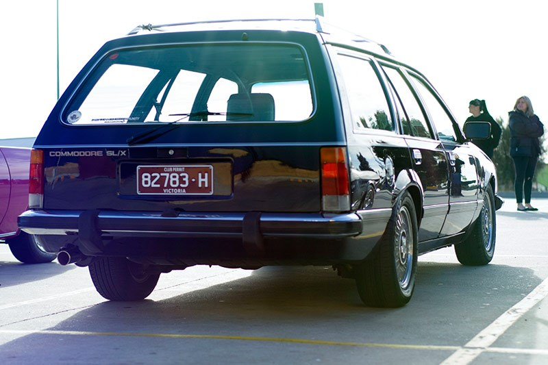 holden commodore vh wagon