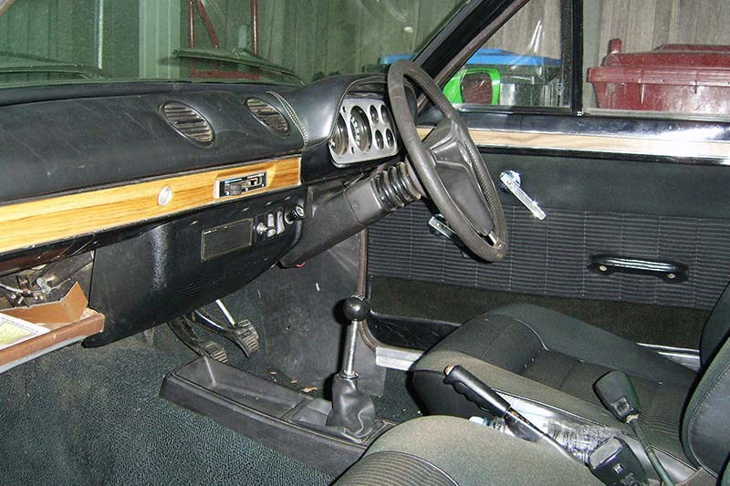 ford escort interior 2