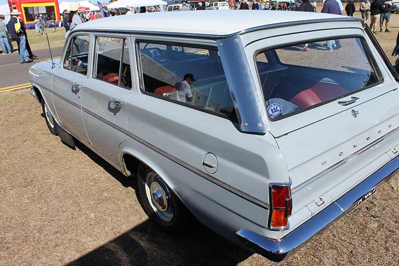 holden eh wagon rear 2