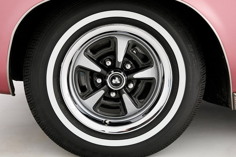 holden hq premier wheel