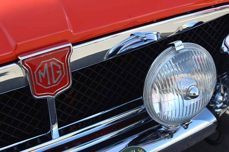 mgb grille