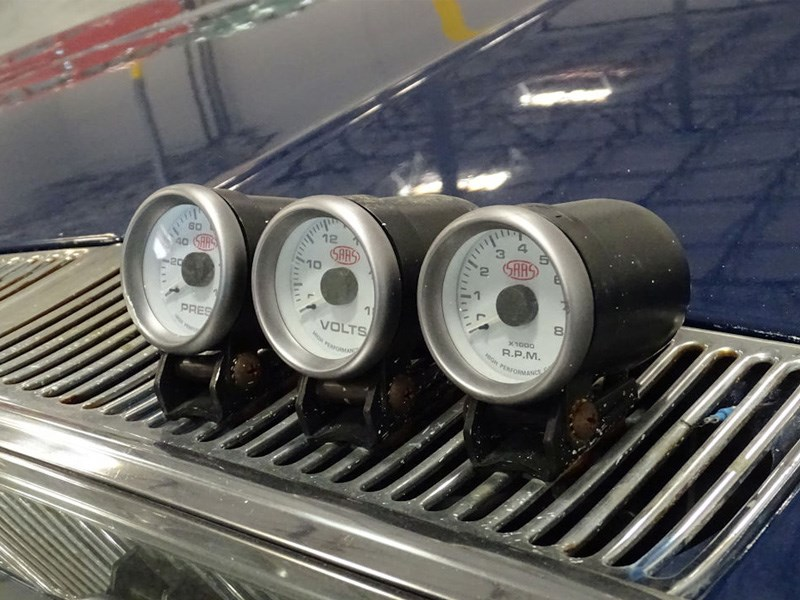 HQ Ute Vegas bonnet gauges