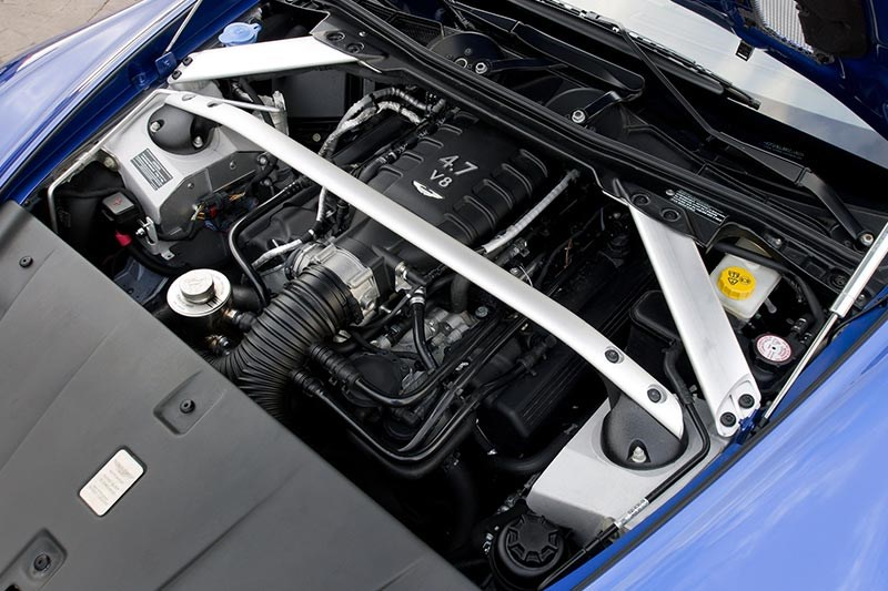 aston martin engine bay