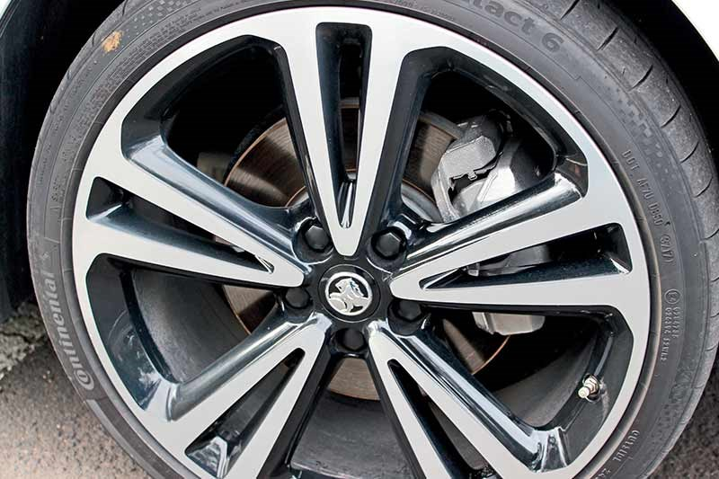 holden commodore zb wheel