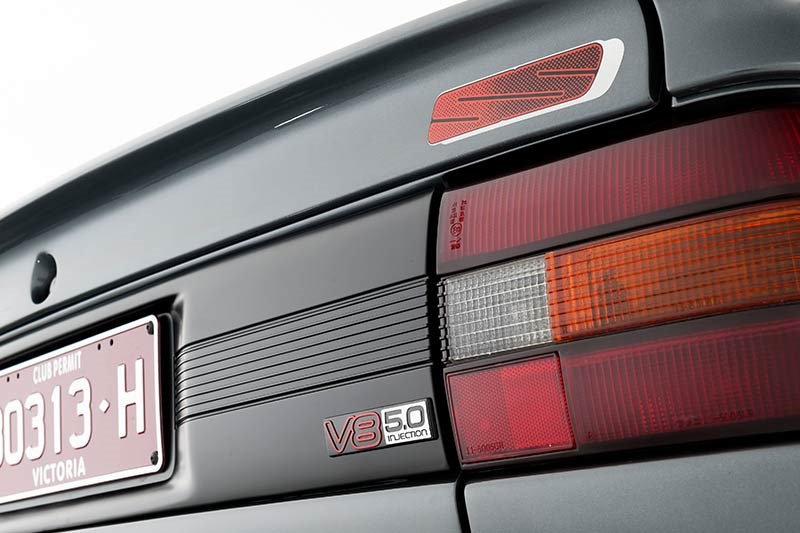 holden vn ss tail light