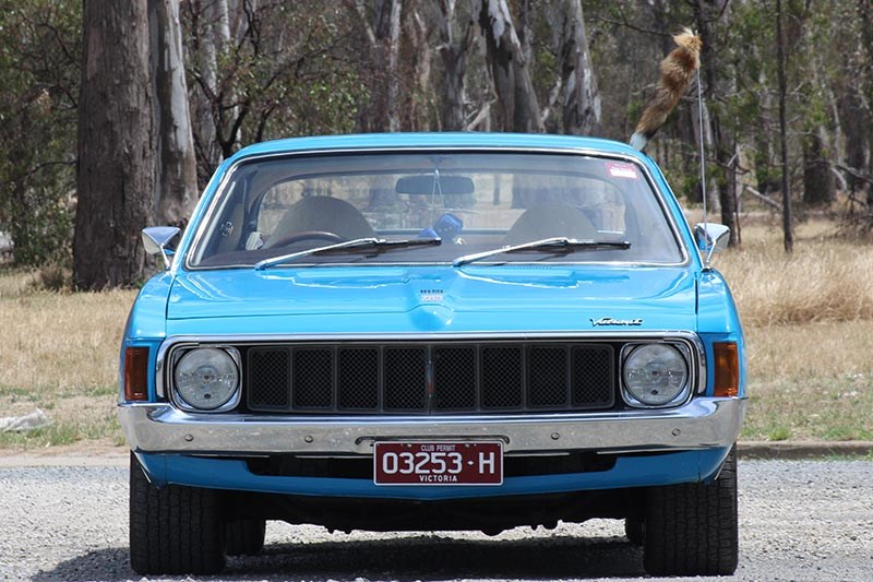 chrysler valiant charger front