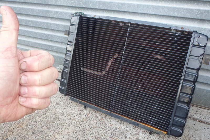 holden commodore wagon radiator 4