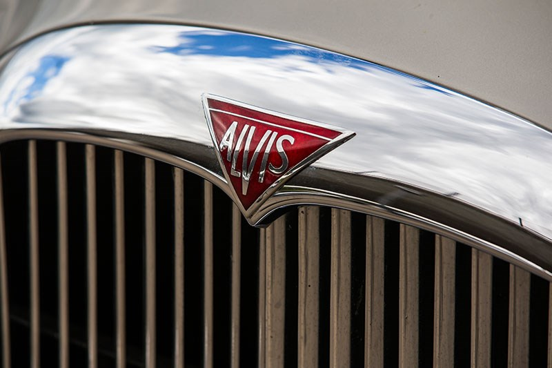 alvis drophead coupe bonnet