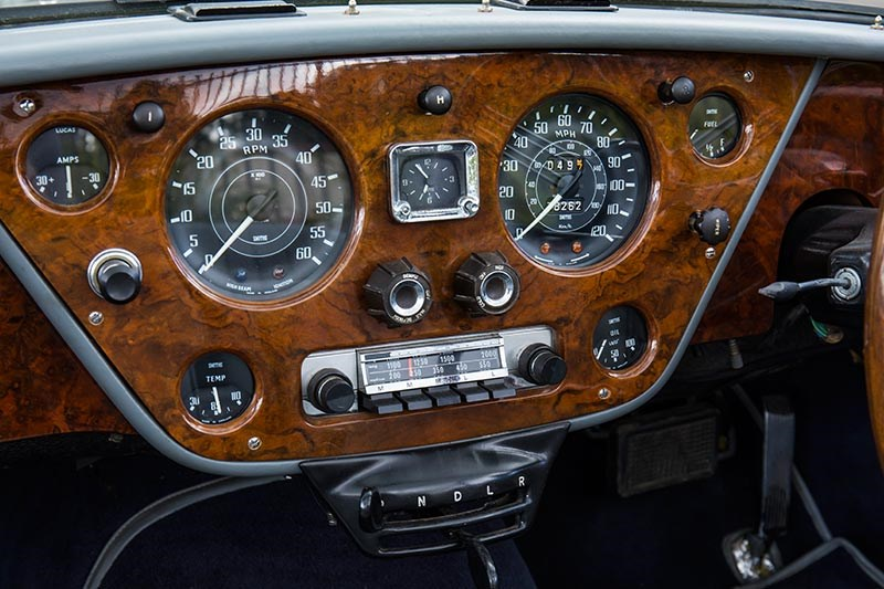 alvis drophead coupe dash 4