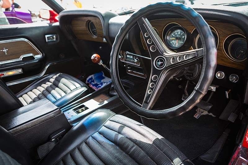 ford mustang mach 1 interior