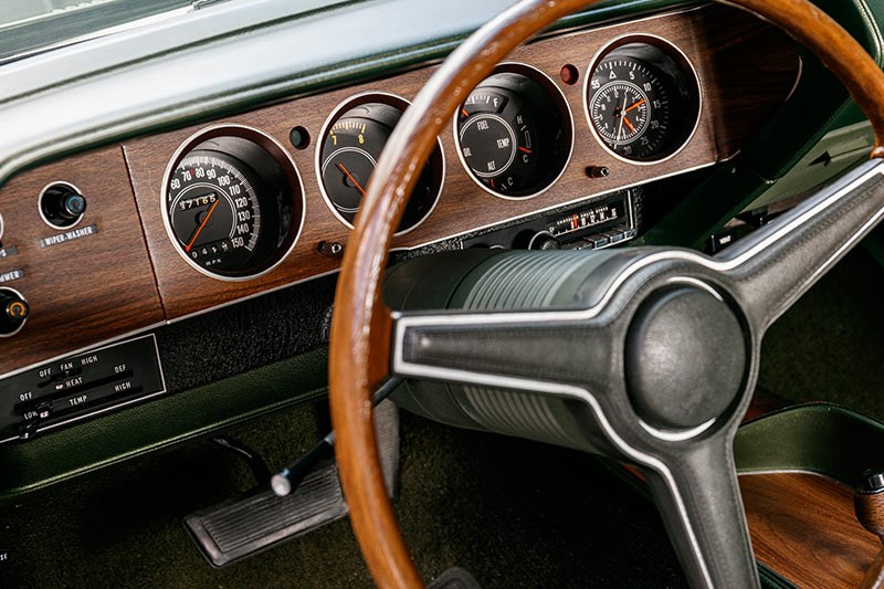 plymouth cuda dash 2