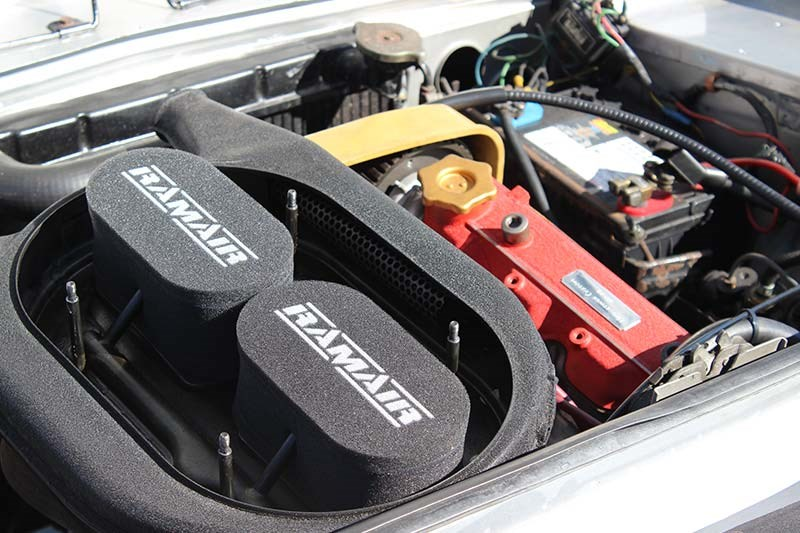 fiat 124 engine bay 2
