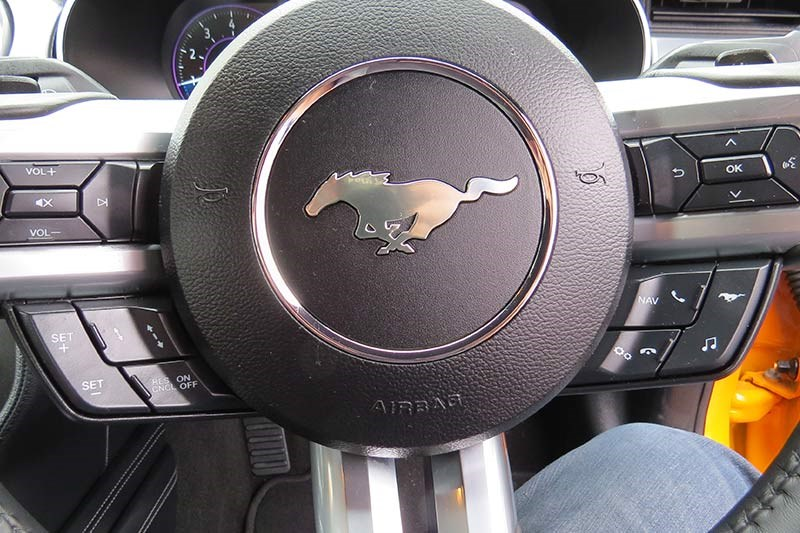 ford mustang gt steering wheel