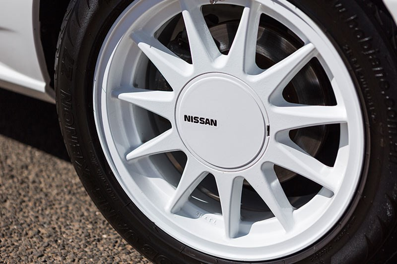 nissan skyline wheel