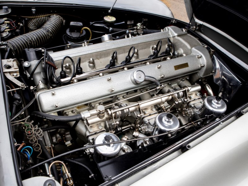 Goldfinger DB5 for auction engine