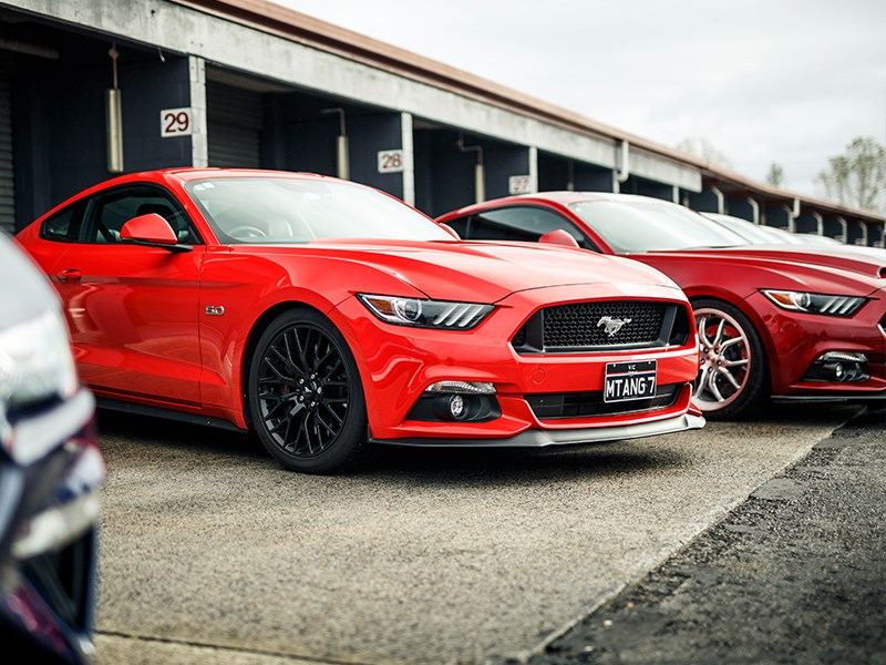 MM Day new mustang red