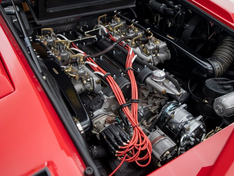 Andrettis Countach engine