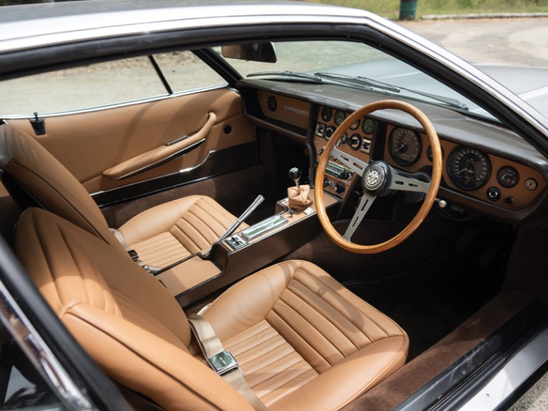 Bertone Pirana interior