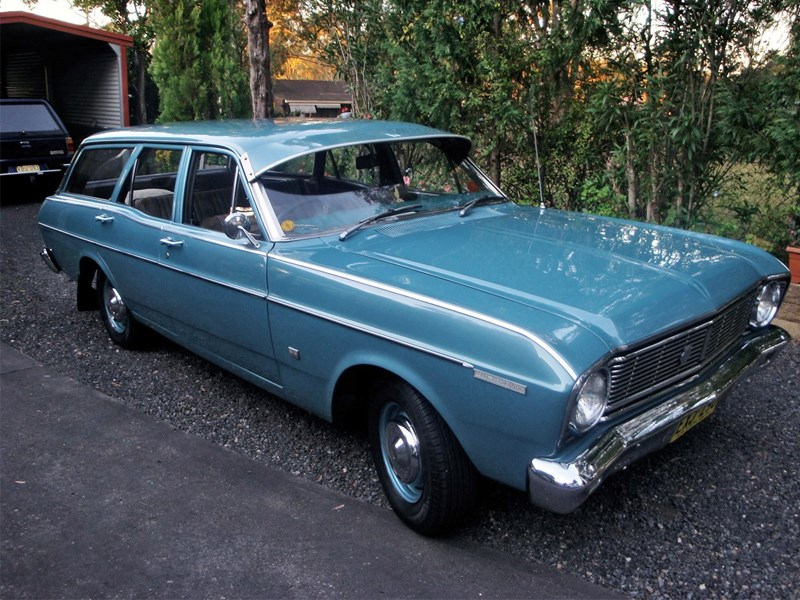 Falcon 500 XT wagon