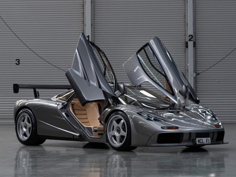 McLaren F1 LM Specification front quarter open