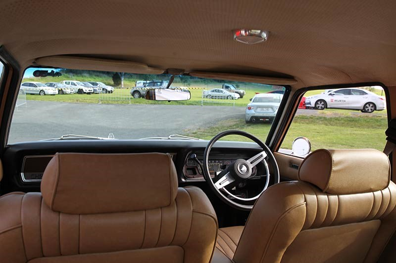 chrysler valiant vg interior