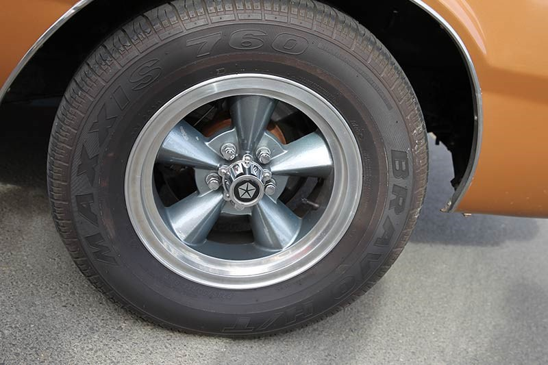 chrysler valiant vg wheel