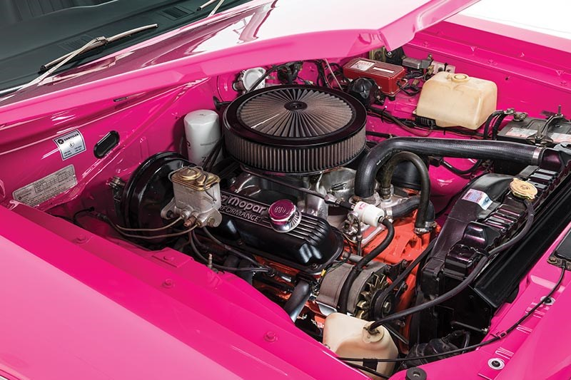 chrysler valiant vj charger engine bay
