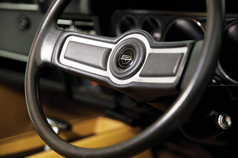 ford falcon xc steering wheel