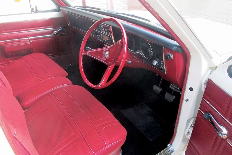 holden ht kingswood interior