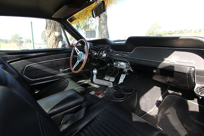 mustang eleanor interior