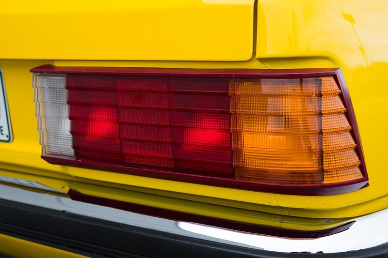 holden commodore vh tail light