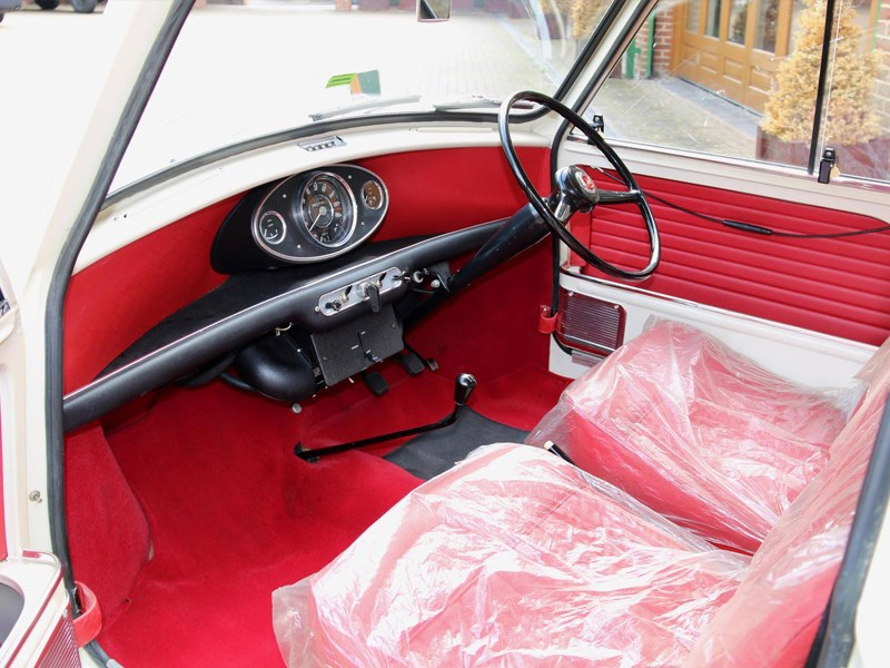 Worlds most original mini interior