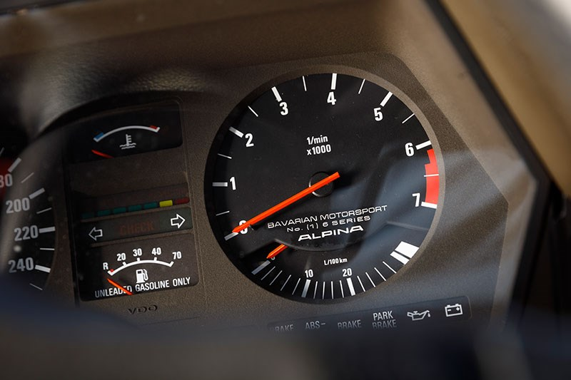 bmw alpina dash 2